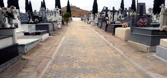 Cementerio.jpg - 63.80 KB